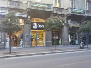 I negozi 3 - Negozio 3 Store Varese Via Morosini
