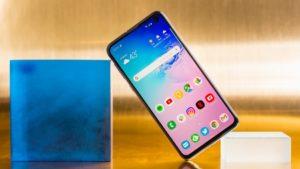 Samsung S10e schermo